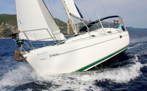 Pinnacle Yachts - Sailing Holidays